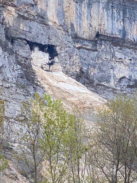 Photo illustrant la patine de roche naturelle